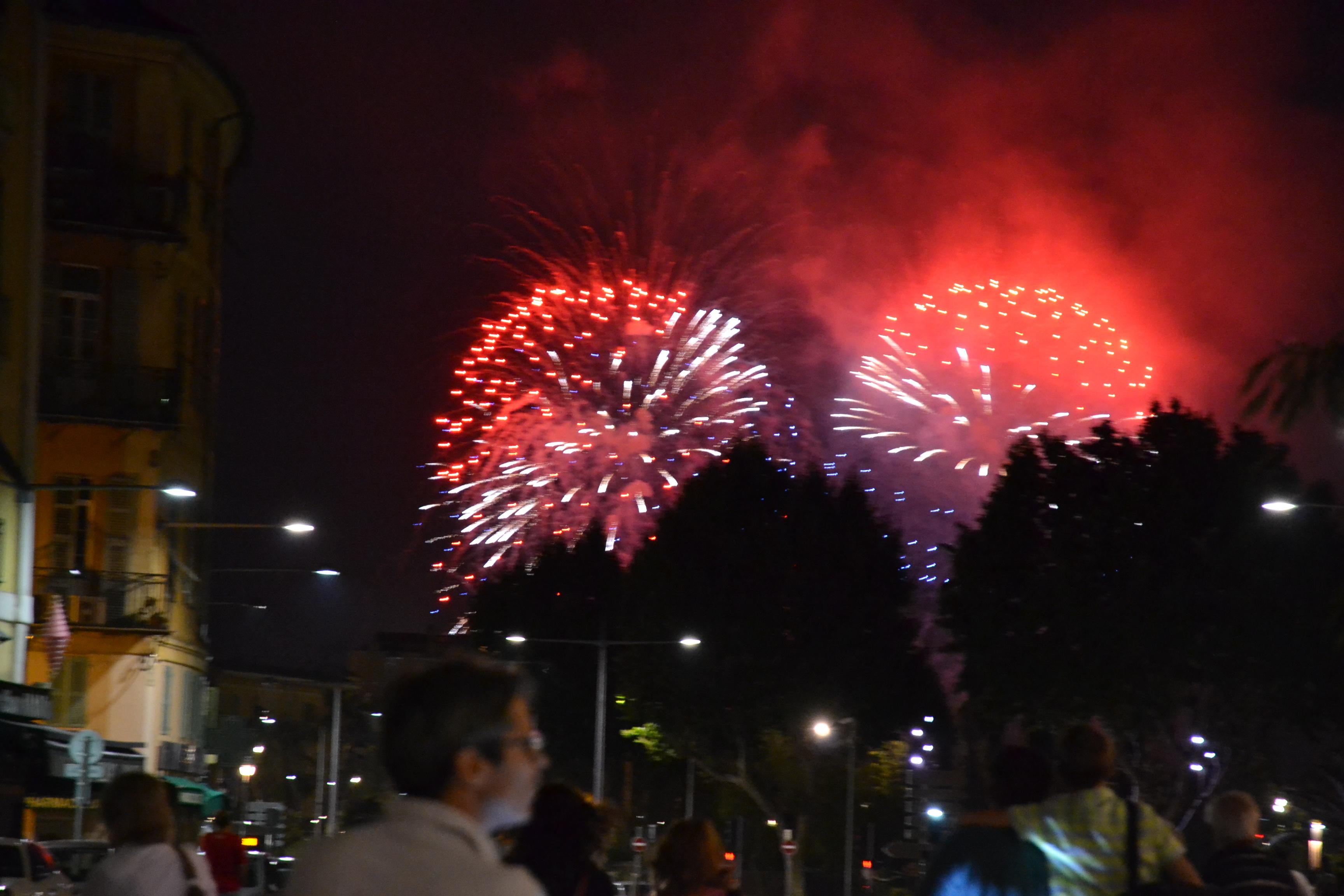 14 Juillet 2014 Franska Nationaldagen Fran Var Gata I Nice